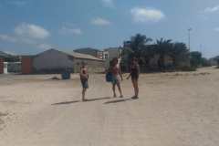 Claire, Dominique & Zeyno. Beach at Sal Rei, Boavista.