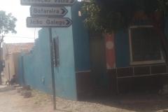Street signs in Fundo das Figueiras.